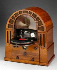 Micro Perophone radiogramophone  1932.