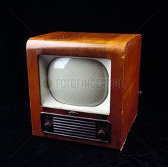 Bush television receiver  type TV24  c 1950s.