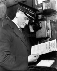 LMS Stationmaster using the telephone to di
