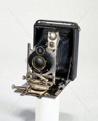 Portable bellows camera  c 1914.