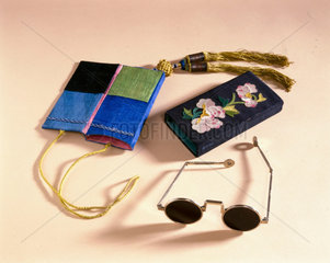 Sunglasses with case  Chinese  c 1870-1920.