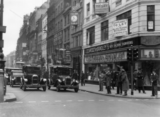 New traffic signals in operation  Oxford Street  London  5 July 1931.