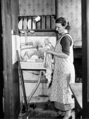 Washing-up  21 October 1938. 'The Hawthorne
