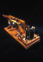 Wireless receiver (coherer)   1897.