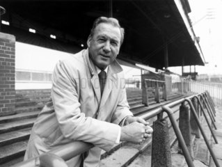 Nat Lofthouse  caretaker manager of Bolton Wanderers  1985.