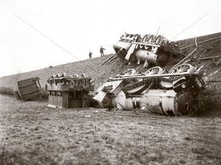 Two derailed locomotives  24 October 1905.