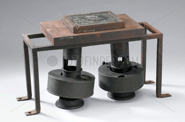 Vulcanising equipment used by Thomas Hancock  1840.