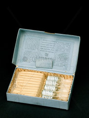 Box containing ampoules of Strophanthus extract  1917.