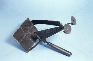 Maddox wing test instrument  c 1920-1937.