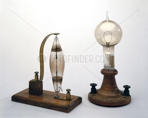 Electric filament lamps made by Swan (left) and Edison (right)  1878-1879.