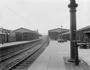 Cardiff General Station  relief lines platform  23 July 1922.