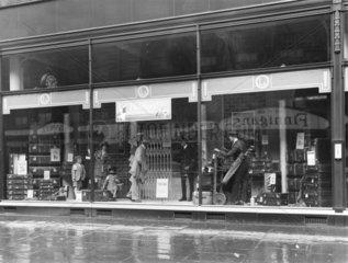 Travel shop  17 August 1924.