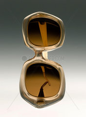 Spectacles with photochromatic lenses  1970-1972.