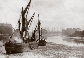 'Boats on Strand at low tide'  River Thames  London  c 1890s.