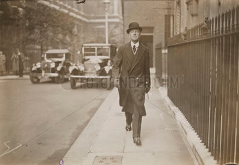 Lord Londonderry arriving at 10 Downing St  28 September 1932.
