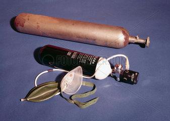 Empty oxygen cylinder  1922.