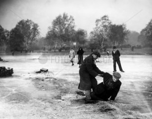 Man falling through the ice  Wimbledon  London  27 January 1932.