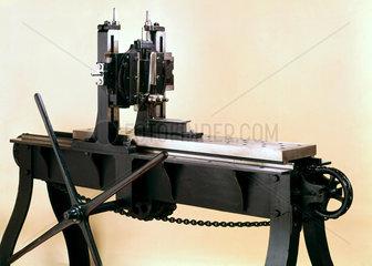 Original planing machine for metals