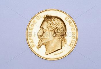 Bronze medal depicting Napoleon III  1852-1870.