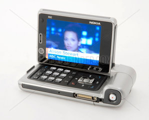 Nokia N92 mobile phone with television receiver  2006.