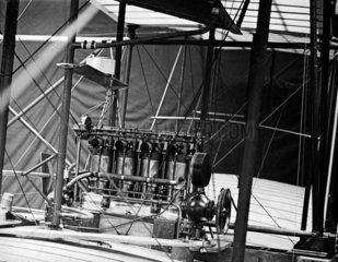 The engine of Maxim's 1910 aeroplane that never flew  1910.