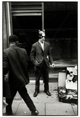 London  1966.