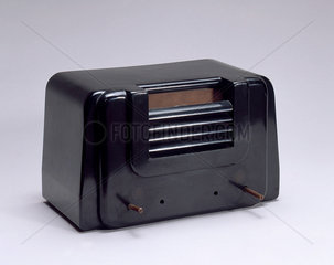 Sargrove sprayed-circuit radio receiver (production prototype) c 1940s.