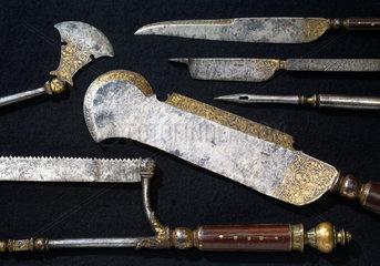 Hunting trousse  English  c 1570.
