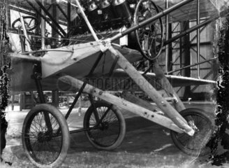 Cody Aeroplane No1  undercarriage in detail  1908.