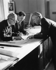 Naval architects discuss plans for Q4  21 January 1964.