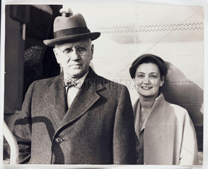 'Sir Alexander Fleming flies to Paris'  1954.