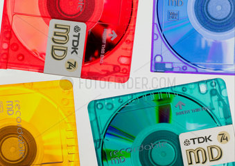 Four coloured recordable minidiscs  2003.