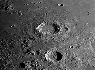 Arisoteles Crater  5 April 2006.