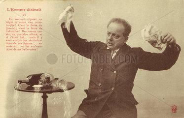 'L'Homme Distrait' postcard no 6  1900.