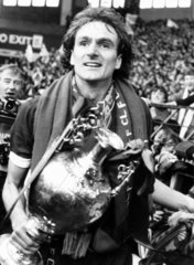 Phil Thompson with the League trophy  5 May 1980.