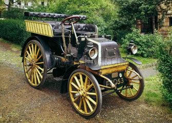 Daimler motor car  1899.