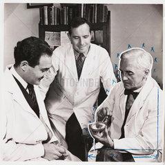 Sir Alexander Fleming and Mr Suchet  1943.