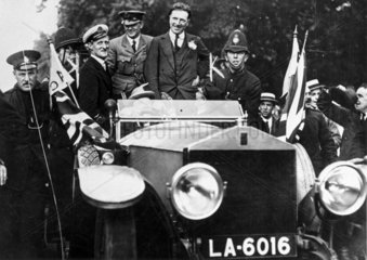 Captain John Alcock and Lieutenant ArthurWhitten-Brown  British aviators  17 June 1919.