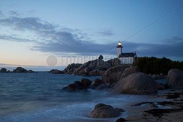 leuchtender Leuchtturm