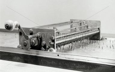 Phillips's binary scale calculating machine  1936.