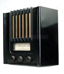 Murphy bakelite radio AD94  1940.