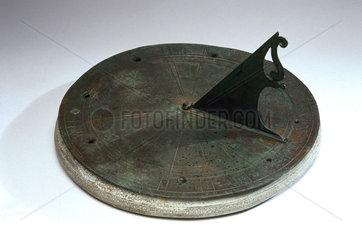 Horizontal sundial  1551.