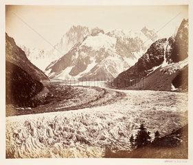 'La mer de glace cremonia'  c 1865.