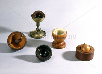 Faraday's specific inductive capacity apparatus  c 1830s.