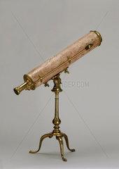 Gregorian reflecting telescope  1734-50.