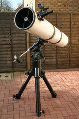 Newtonian telescope  2005.