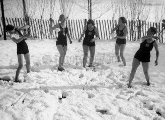 Snowball fight on Hampstead Heath  27 January 1935.