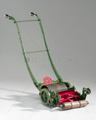 Ransome 'Patent Gear' lawnmower  1880-1890.