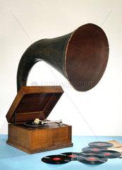 EMG Junior Expert gramophone  c 1932.