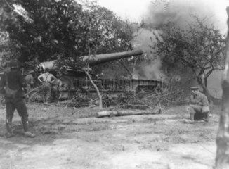 British soldiers firing a 9.2 inch gun  1916.
